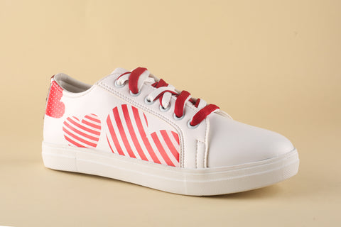 Sneaker White with Red Hearts