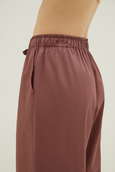 NEIWAI Cotton Seven-Point Sleep Pants in Hazelnut. Adjustable waistline