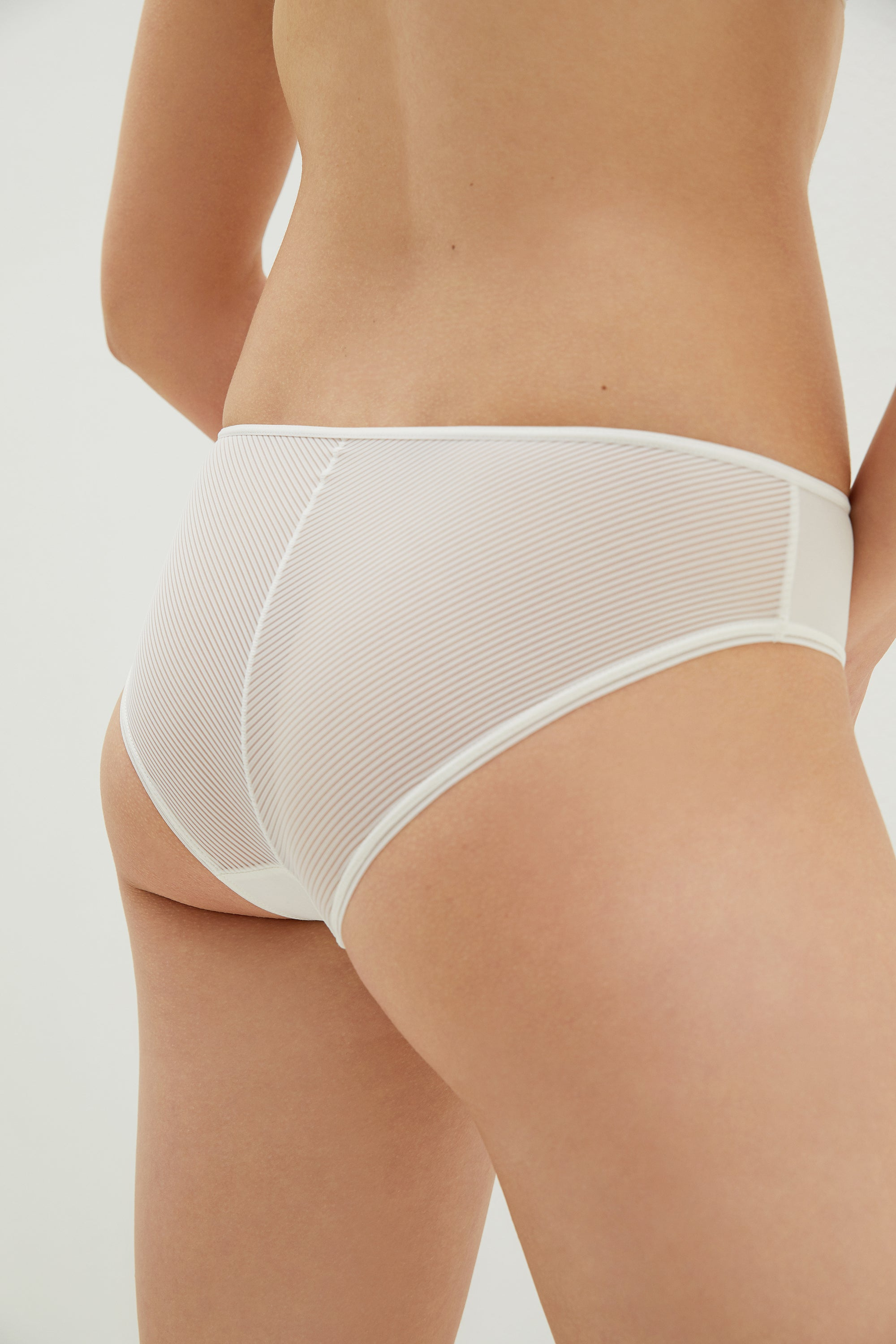 NEIWAI  Striped Mesh Mid-Waist  in Coconut White