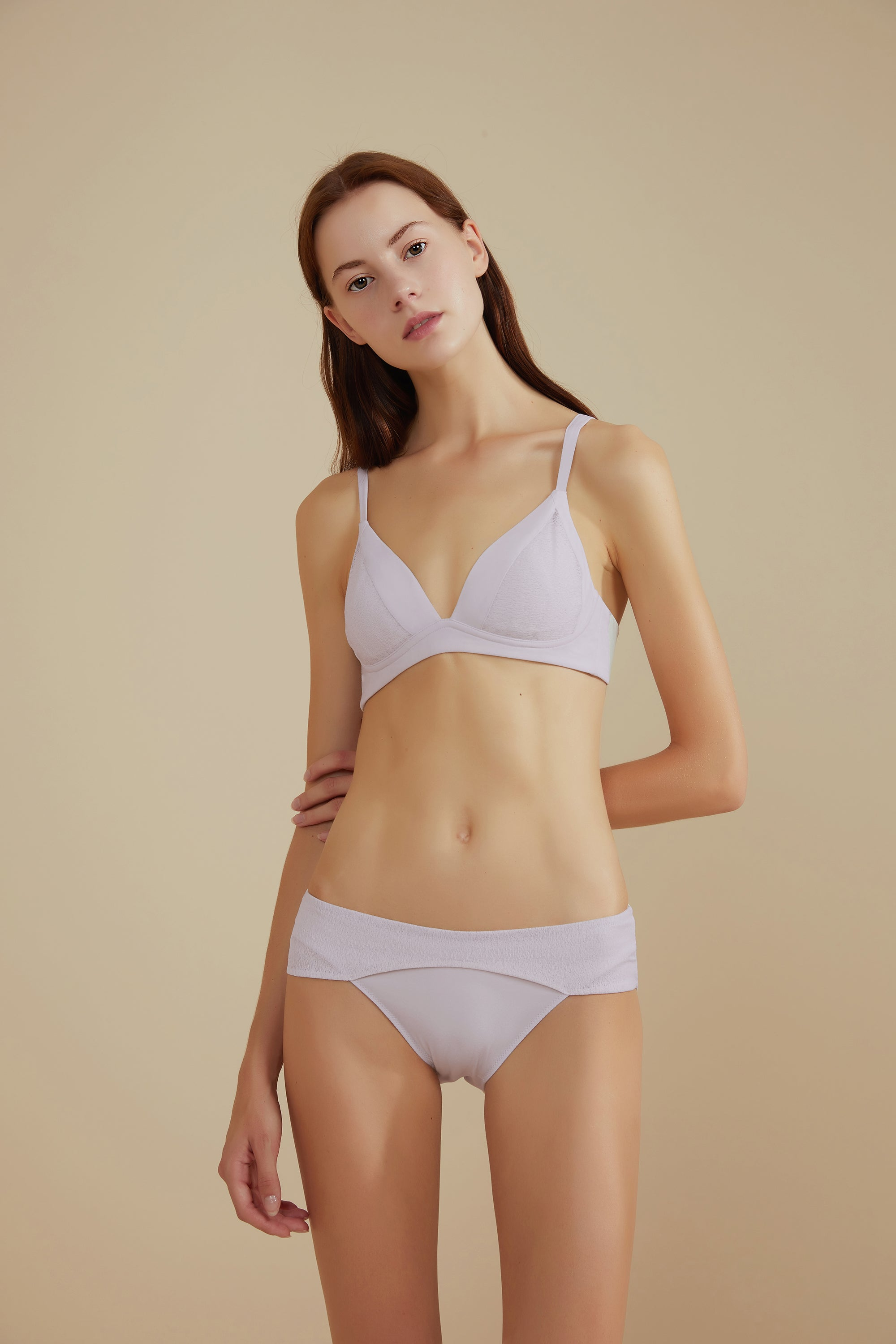 NEIWAI Leavers Lace Triangle Bra in Gray