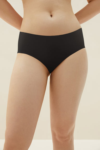 NEIWAI's Barely Zero brief in black.