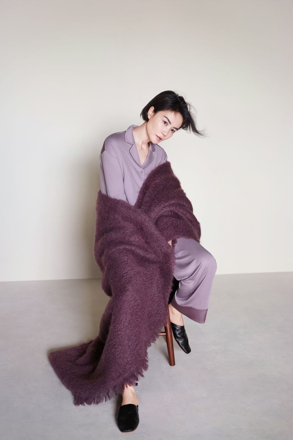 Faye Wong modeling NEIWAI's Classic Cozy Button-Up Pajama Top in Purple Dove.
