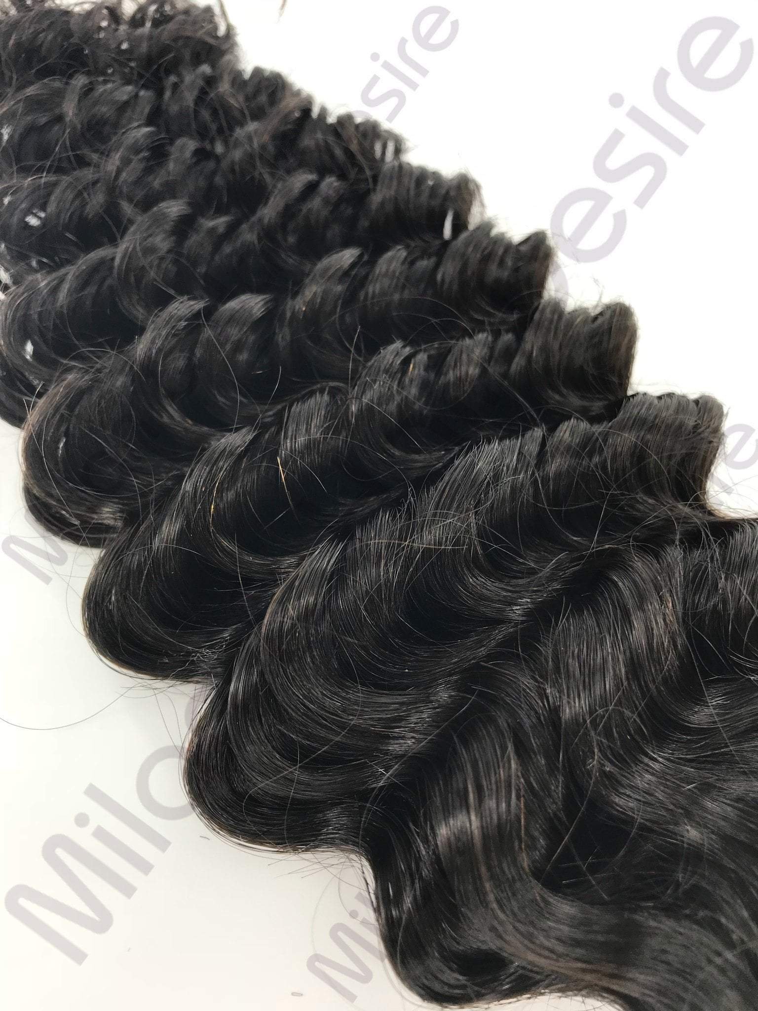 Virgin Brazilian Deep Wave Close Up