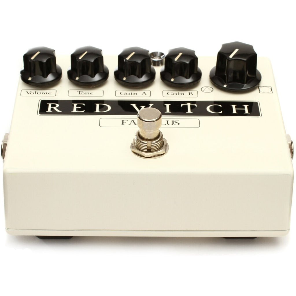 Red Witch Famulus Distortion