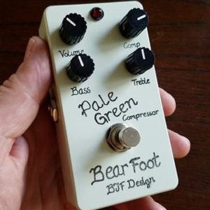 Buy BearFoot FX Pale Green Compressor v4 Online