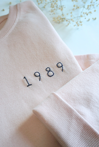 Personalized Light Pink Sweater, Women size - Handmade Embroidery