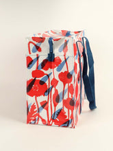 Load image into Gallery viewer, FLOWER SHOWER SHOULDER TOTE