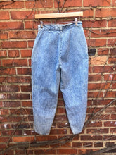 Load image into Gallery viewer, Chic Acid Wash Jeans