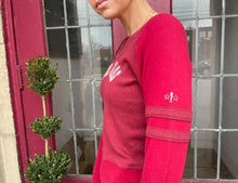 Load image into Gallery viewer, Red Guess Long Sleeve Top