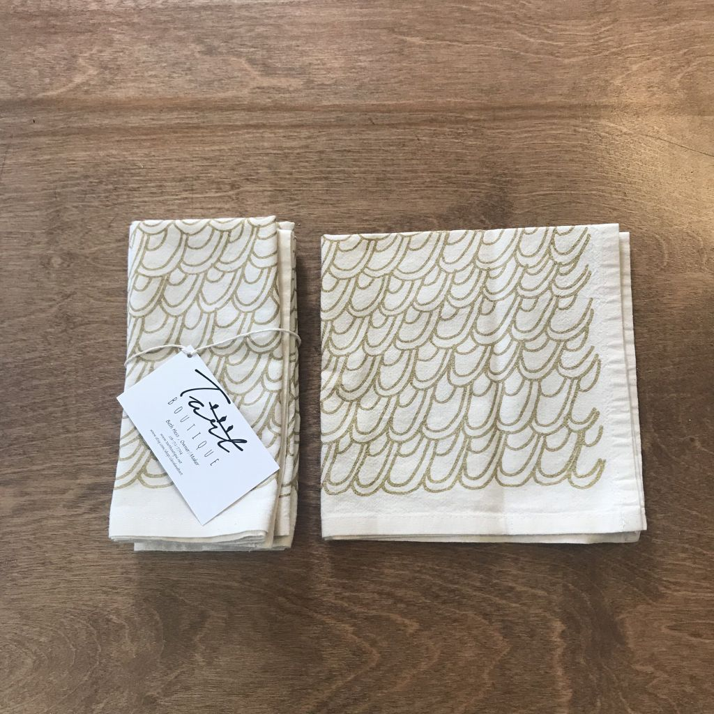 Gold Scallops Cloth Napkins Set of Four