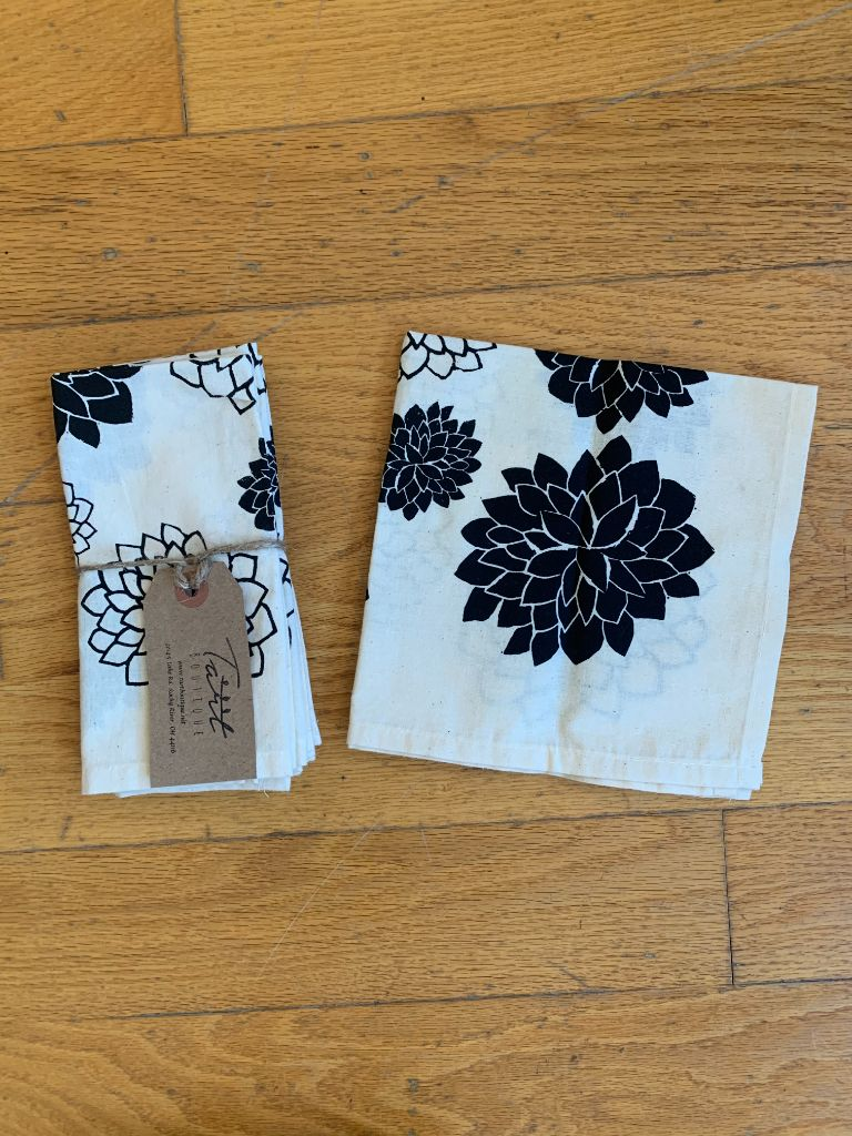 Black Flowers Cloth Napkins Set of Four
