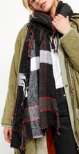 Load image into Gallery viewer, VALLEY PLAID SCARF