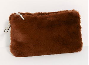 FAUX FUR ESSENTIAL POUCH