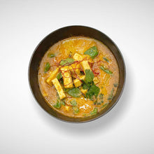 Load image into Gallery viewer, Thai Vegetarian Yellow Curry