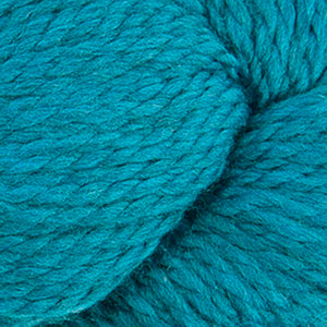 Skein of Cascade 128 Superwash Bulky weight yarn in the color Pacific (Blue) for knitting and crocheting.