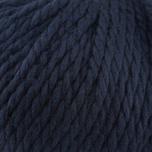Skein of Cascade Llana Grande Super Bulky weight yarn in the color Navy (Blue) for knitting and crocheting.