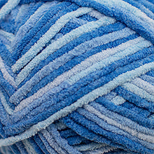 Load image into Gallery viewer, Skein of Cascade Pluff Bulky weight yarn in the color Blue (Blue) for knitting and crocheting.