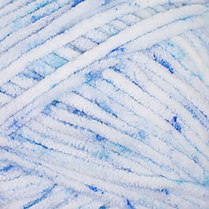Skein of Cascade Pluff Effects Bulky weight yarn in the color Blues (Blue) for knitting and crocheting.