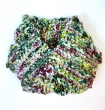 Load image into Gallery viewer, Crocheted cowl in Berroco Coco Super Bulky weight yarn in the colorr Meadow (Green) for knitting and crocheting.