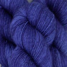 Load image into Gallery viewer, Skein of Madelinetosh A.S.A.P. Super Bulky weight yarn in the color Ceremony (Purple) for knitting and crocheting.