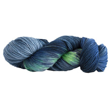 Load image into Gallery viewer, Skein of Manos del Uruguay Alegria Space-Dyed Sock weight yarn in the color Fondo del Mar (Blue) for knitting and crocheting.