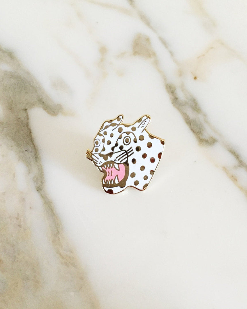 Cheetah Lapel Pin