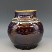 AM02 Small Vase