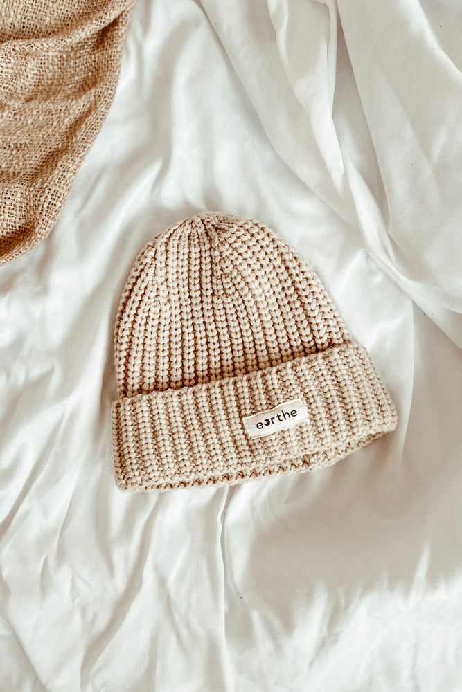 Load image into Gallery viewer, Chunky Knit Beanie Oat