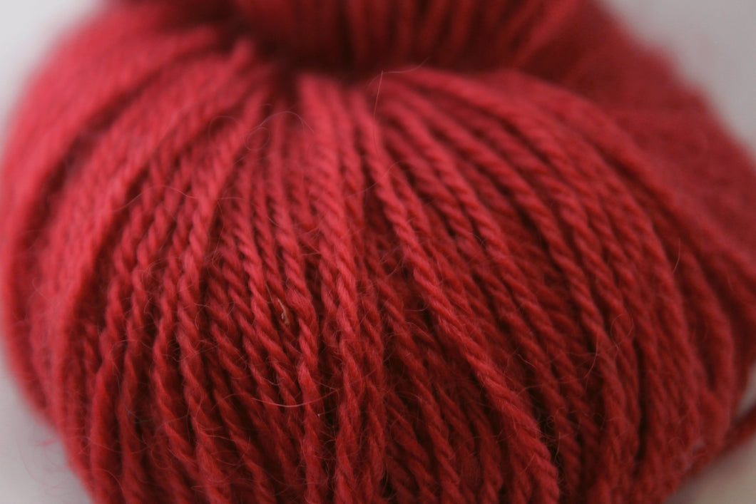 3 ply 30/70 115g Wellington Cherry Red