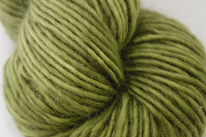 1 ply 20/80 135g Wellington Leaf Green