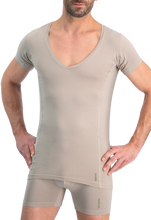 Afbeelding in Gallery-weergave laden, NOSHIRT dry - deep V - invisible khaki