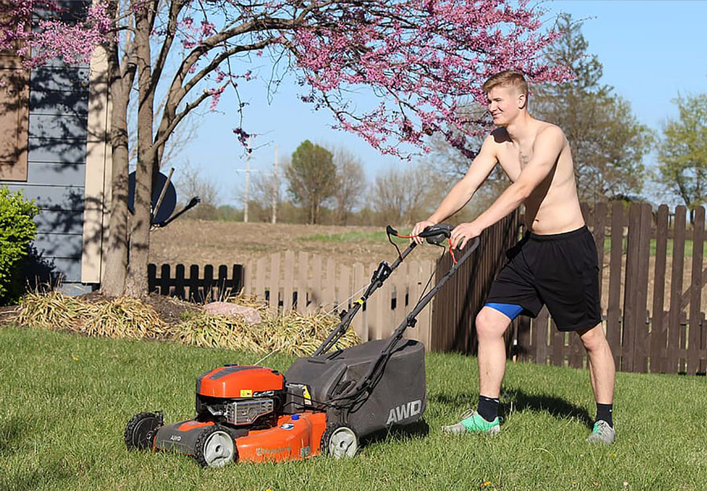 Start A Lawn Mowing Business As A Teenager