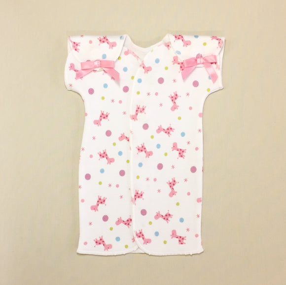 NICU Baby Gown White With Pink Giraffe Print And Velcro Shoulder Openings