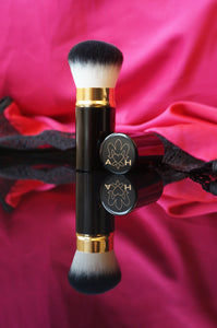 Angelina Hart Kabuki Brush Review by Emma Dowling