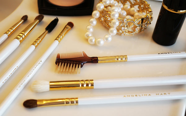 The glamorous makeup brushes by american designer angelina hart
