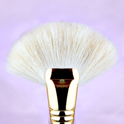 Makeup Brushes by Angelina Hart - Grand Fan Brush