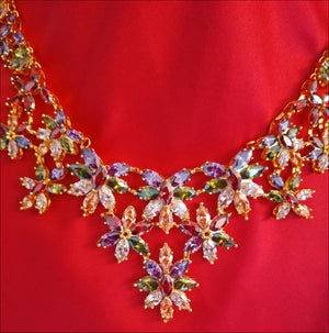 Angelina Hart Printemps Necklace Red Background