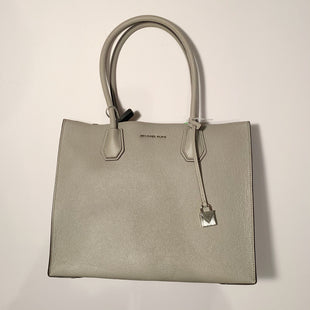 Primary Photo - BRAND: MICHAEL KORS STYLE: HANDBAG DESIGNER COLOR: GREY SIZE: LARGE SKU: 298-29814-69940