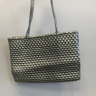 Primary Photo - BRAND: REEF STYLE: HANDBAG COLOR: SILVER SIZE: MEDIUM SKU: 298-29850-2930
