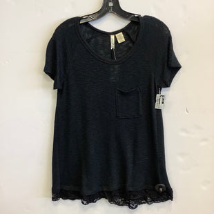 Primary Photo - BRAND: CHENAULT STYLE: TOP SHORT SLEEVE COLOR: BLACK SIZE: S SKU: 298-29814-72882