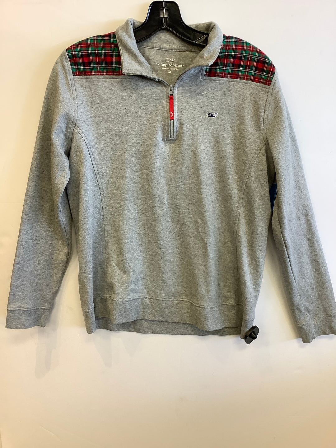 Photo #1 - BRAND: VINEYARD VINES <BR>STYLE: SWEATER LIGHTWEIGHT <BR>COLOR: GREY <BR>SIZE: M <BR>SKU: 298-29814-72959