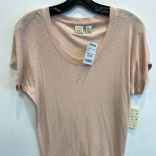 Primary Photo - BRAND: LUCY AND LAUREL STYLE: TOP SHORT SLEEVE COLOR: PINK SIZE: XS SKU: 298-29865-1130