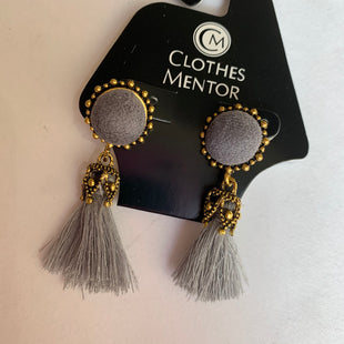 Primary Photo - BRAND:    CLOTHES MENTOR STYLE: EARRINGS SKU: 298-29811-51739