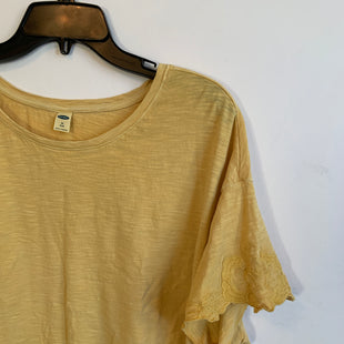 Primary Photo - BRAND: OLD NAVY STYLE: TOP SHORT SLEEVE BASIC COLOR: YELLOW SIZE: 3X SKU: 298-29814-73909