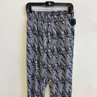 Primary Photo - BRAND: VICTORIAS SECRET STYLE: ATHLETIC PANTS COLOR: WHITE BLACK SIZE: S SKU: 298-29811-53410