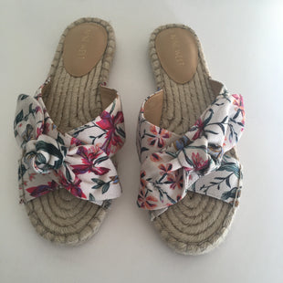 Primary Photo - BRAND: NINE WEST STYLE: SANDALS FLAT COLOR: FLORAL SIZE: 8 SKU: 298-29859-3931