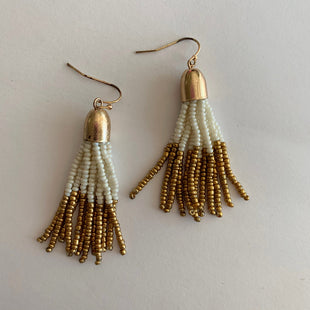 Primary Photo - BRAND:    CLOTHES MENTOR STYLE: EARRINGS COLOR: MULTI SKU: 298-29865-164