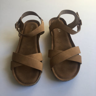 Primary Photo - BRAND: TOP MODA STYLE: SANDALS LOW COLOR: BROWN SIZE: 7 SKU: 298-29814-72587