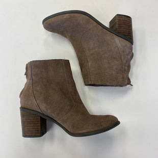 Primary Photo - BRAND: CROWN VINTAGE STYLE: BOOTS ANKLE COLOR: BROWN SIZE: 5.5 SKU: 298-29862-364