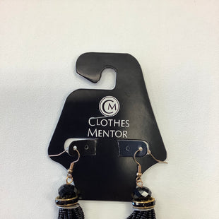 Primary Photo - BRAND:    CLOTHES MENTOR STYLE: EARRINGS COLOR: MULTI SKU: 298-29835-20064